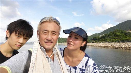 ▲吳岱融和鍾淑慧夫妻婚後育有一子。(圖/翻攝自推特)