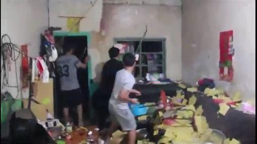 彰化,女童,凌虐致死,姨丈,包圍警局,闖入。翻攝自youtube