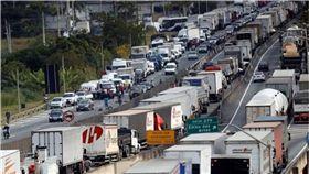 巴西卡車司機罷工第7天 食品和燃料嚴重短缺 圖/翻攝推特