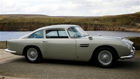 Aston Martin DB5。(圖/翻攝bonhams網站)
