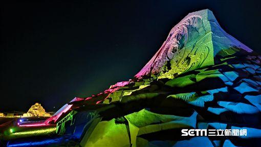 福隆國際沙雕藝術季,點亮福隆,夜間沙雕展。(圖/福容大飯店福隆提供)