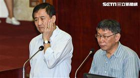 台北市副市長陳景峻、台北市長柯文哲備詢。 (圖/記者林敬旻攝)