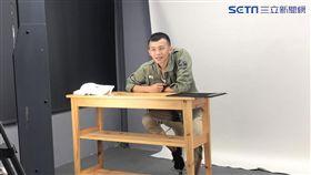 雖然只服了4個月的兵役,但吳政迪當兵不忘演戲。(圖/鄉民娛樂提供)