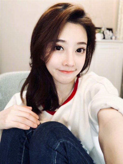 馮提莫/翻攝自馮提莫微博 ID-1379578