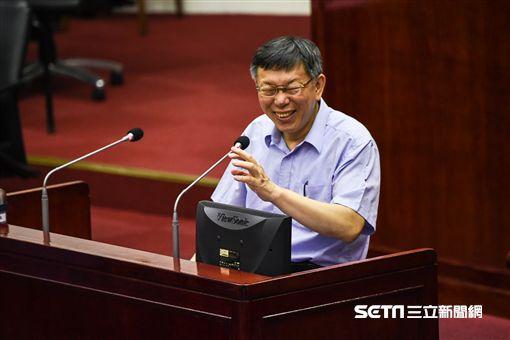 台北市長柯文哲出席台北市議會總質詢。 (圖/記者林敬旻攝)