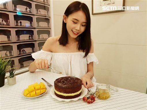 巧克力蛋糕,BLACK As Chocolate,季節限定,鮮芒果礦石蛋糕,百香果,甜點