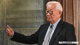 台積電董事長張忠謀主持法說會。 圖/記者林敬旻攝