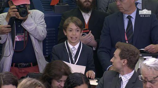 男童憂「在學校被槍殺」 白宮女發言人哽咽:我很抱歉美國白宮發言人桑德斯,圖/翻攝自The White House YouTube