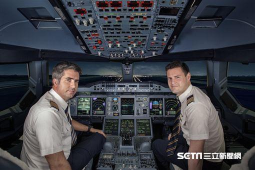阿聯酋航空機師,機長, Emirates。(圖/阿聯酋提供)