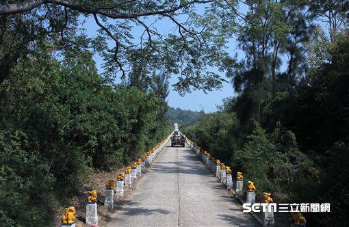 砲戰一甲子!前線前的前線「大膽島」 封閉近70年將開放島上著名景點明生路。(記者邱榮吉/大膽島拍攝)