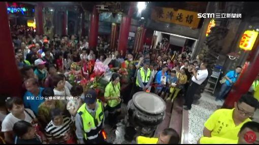 白沙屯媽祖開爐 拱天宮擠滿千名信眾