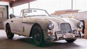Aston Martin DB2/4 Mark II Coupe。(圖/翻攝Bonhams網站)
