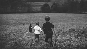 男孩,男童,孩子,孩童(圖/翻攝pixabay)