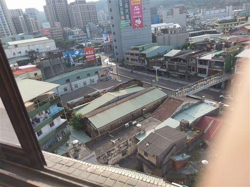 新北市,新莊,丹鳳捷運站,公寓,BB槍,BB彈,流浪貓,翻攝自「愛.新莊」