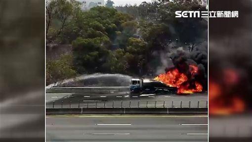 國道中油油罐車火燒車