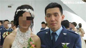 空軍F-16戰機飛官吳彥霆,妻子林芳瑩也是軍人,任職空軍第五戰術混合聯隊,(妻子名先不要露出,先打馬賽克),圖/主播提供