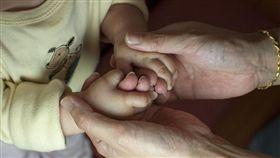 成長、照顧、小孩、家長、示意圖(示意圖/Pixabay)