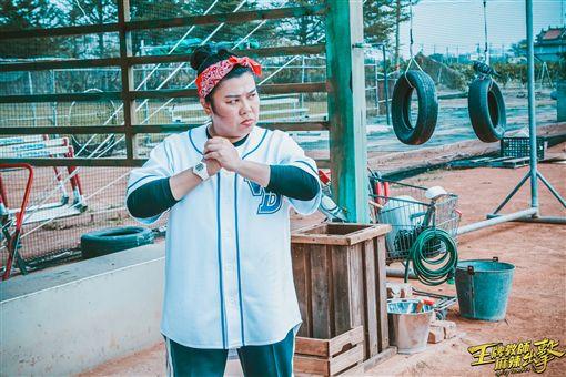 ▲謝祖武與林美秀在電影中有精采的對手戲。(圖/海王天璽提供)