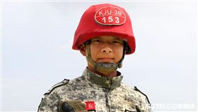 特三營醫護組長的朱世民少尉 記者邱榮吉攝