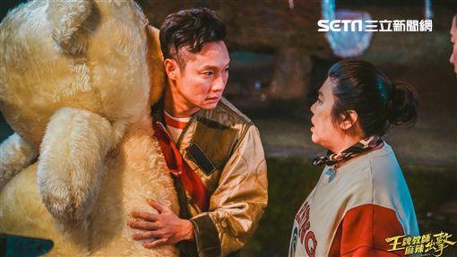 謝祖武與林美秀在《王牌教師麻辣出擊》裡有精彩對手戲。(圖/奧瑪優勢提供)