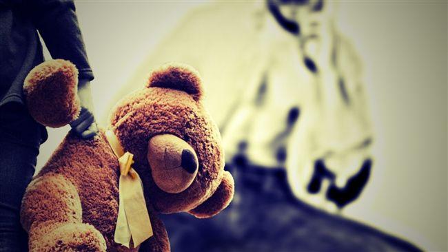14歲逃家少女借住友人家... 竟遭狼父撲倒硬上懷孕