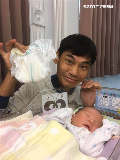 ▲▼夏靖庭坦承看到兒子出生時開心到掉下眼淚。(圖/福臨月子中心提供)