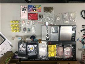 台北,萬華,毒販,安非他命,搖頭丸,威而鋼,客製化,到府服務。翻攝畫面