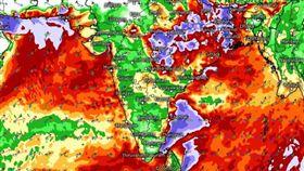 印度雨季釀災(圖/翻攝自推特@VijyaVijaya)