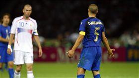 世界盃十大憤怒時刻,席丹頭槌對手排第一。(圖/美聯社/達志影像)