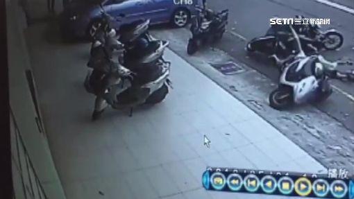 男騎車撞倒母子肇逃 還唬爛車被偷