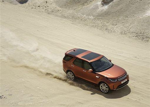 越野車起家的Land Rover正研發CORTEX自動越野駕駛系統。(圖/翻攝Land Rover網站)
