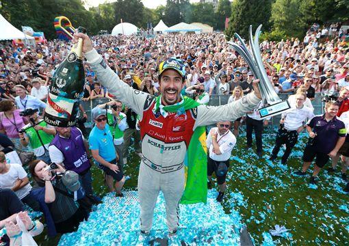 Audi Sport車手Lucas di Grassi奪下電動方程式蘇黎世站冠軍。(圖/Audi提供)