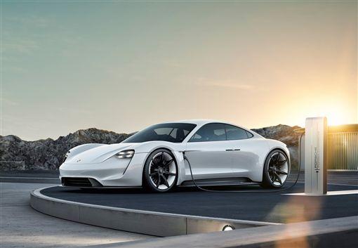 保時捷全新電動超跑Taycan。(圖/Porsche提供) ID-1399900