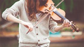 小提琴,學音樂,古典音樂,演奏(示意圖/Pixabay)