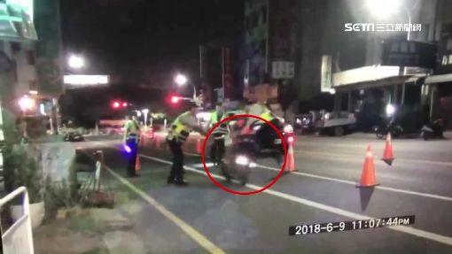逃逸移工騎車拒攔 副所長被撞飛骨折