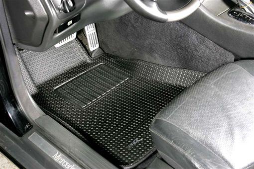 車訊網/冷氣異味難忍受 車內空氣怎麼改善?