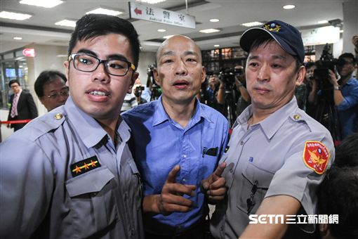 北農前總經理韓國瑜前往北檢應訊。 (圖/記者林敬旻攝)