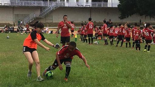 ▲三立新聞網團隊與TFA台北外師足球體育學院合作製作。(圖/TFA提供)
