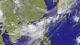 熱帶性低氣壓蠢動,最快今日增強為颱風。(圖/氣象局)