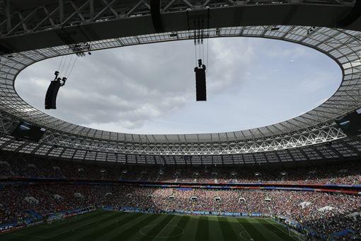 2018俄羅斯世足賽開幕戰。(圖/美聯社/達志影像)