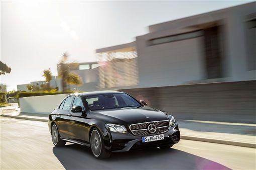 E-Class現正搭配Agility星自選專案即可輕鬆入主。(圖/Mercedes-Benz提供)