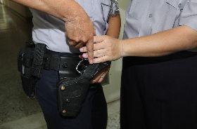 警方模擬警槍遭槍過程