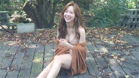 劉小英IG