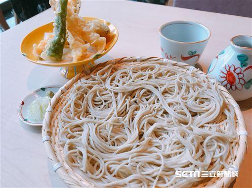 蕎麥麵宴席料理。(圖/記者簡佑庭攝)