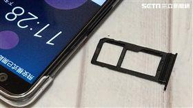 nano Sim HTC U12+ 葉立斌攝