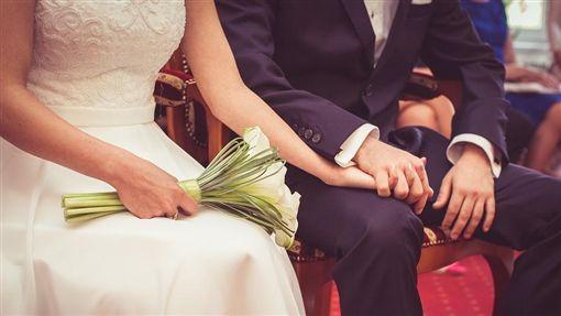 結婚、新人、夫妻示意圖/pixabay