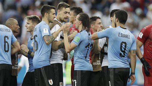 烏拉圭1:0擊敗沙烏地阿拉伯。(圖/美聯社/達志影像)