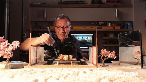 食物藝術家卡爾·華納(Carl Warner)打造三座美食之都。(圖/hotels.com提供)