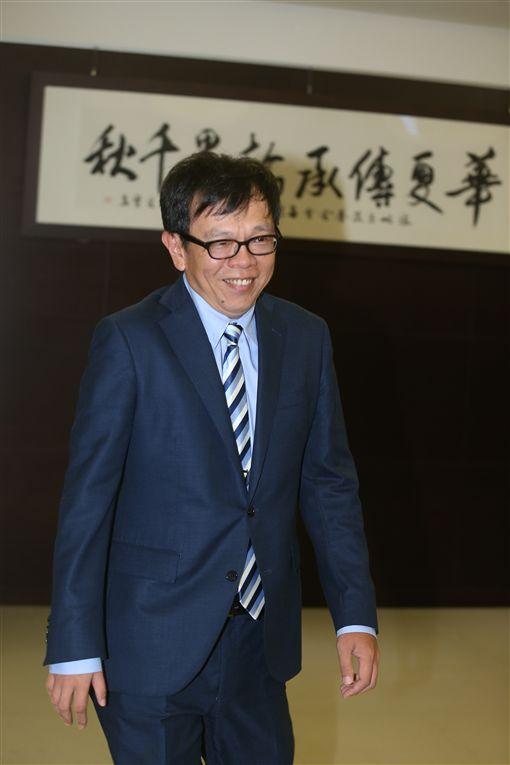 總統府副秘書長姚人多轉任海基會副董事長兼秘書長。(圖/海基會提供)