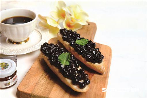 珍珠奶茶麵包、歐式蔬食季。(圖/六福旅遊集團提供)